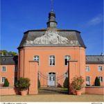 schloss-wickrath-in-mo%cc%88nchengladbach-wickrath-_-1-ernstpieber-fotolia-com
