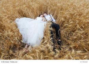 Idyllische Hochzeitsfeier auf dem Land - Bild: DC Studio - fotolia.com