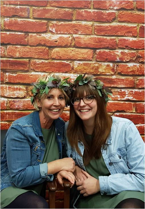 Ihr Hochzeitsservice stellt sich vor - Wir sind die Hochzeitsplanerinnen Mandy Pomplun und Svenja Kolpatzik